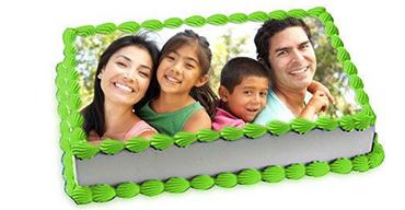 family-photo-cake